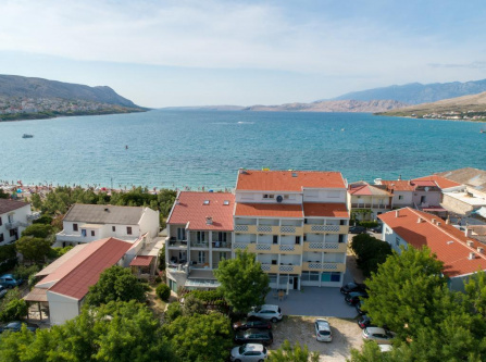 Rooms and Apartments Galeb -Salt Lake view